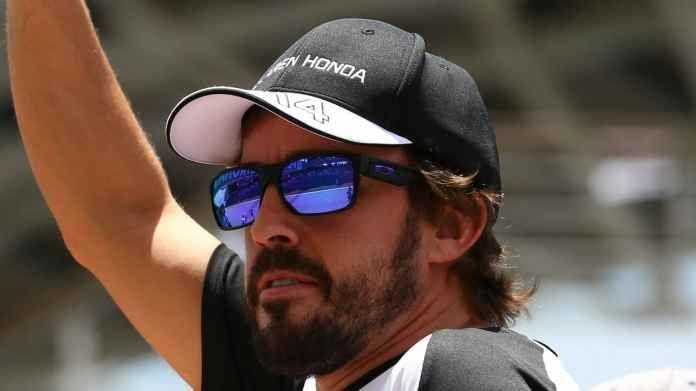 Alonso ad Indy? Come se Valentino Rossi decidesse di correre al Tourist Trophy La notizia di questi giorni nel Motorsport è semplicemente una bomba:Fernando Alonso correrà la Indy 500 disertando la kermesse di Montecarlo, il GP probabilmente più importante del calendario F1. Un #f1 #alonso #valentinorossi