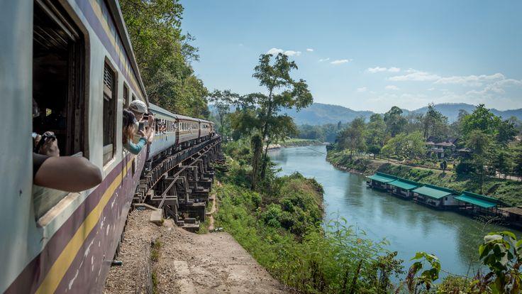 Kolej śmierci, Kanchanaburi, Tajlandia. Smutne i niezwykłe miejsce, które warto odwiedzić.