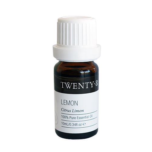 Lemon - A gorgeous citrus oil known for its uplifting, cleansing, brightening and clearing properties. Renowned to aid in balancing oily, congested skin and to help ease varicose veins. It is a wonderful immune booster, perfect when colds and flu are present!  If you want to increase productivity and reduce mistakes then vaporizing this amazing oil is proven to bring results.
