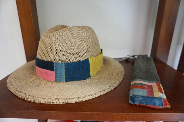 여름날준비 하셨나요?  천연염색 모시조각 모자와 모시조각 부채집입니다🍉  #풍경한복 #소품 #모자