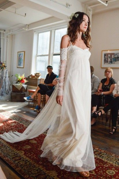 Claire pettibone romantique 39 lilith 39 wedding dress photo for Wedding dresses in denver co