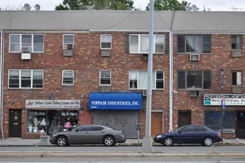 Great Rego Park Storefront For Rent Features 1100 Sq Feet, Flexible Lease Years And A Great Location!