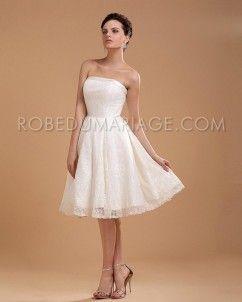 A-ligne robe de mariée aux genoux en dentelle jolie