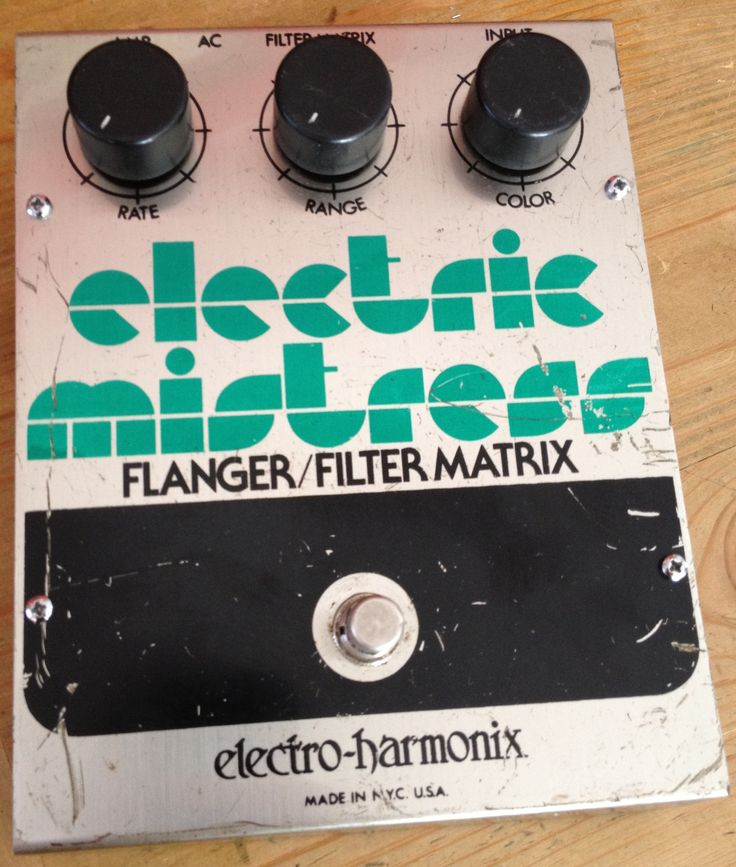 Vintage EHX Electric Mistress. This is THE way to achieve Andy Summers fx.
