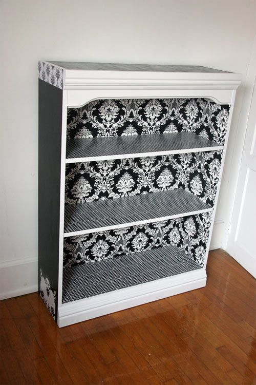Bookcase makeover: Painted Bookcases Ideas, Bookshelves, Bookshelf Idea, Craft, Apartment Therapy, Black White, Diy Bookcases