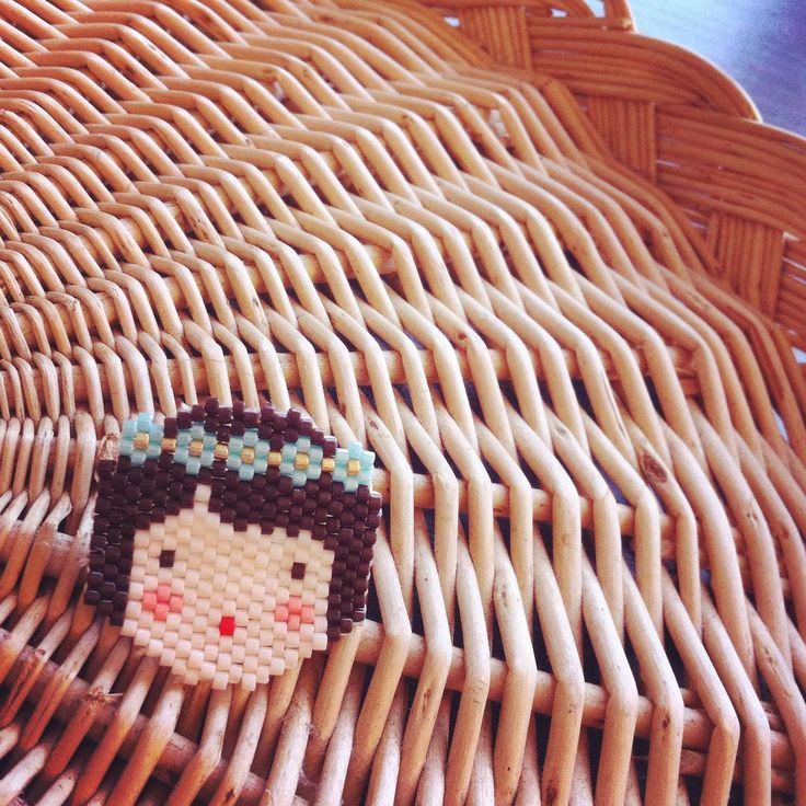 Petite broche terminée ! Modèle @rose_moustache #jenfiledesperlesetjassume #miyuki #rosemoustache