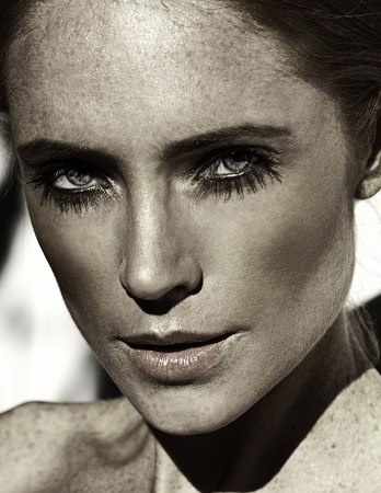 Jena Dover - South African model and actress #safehouse #jena #jenadover. Image copyright ICE Models.