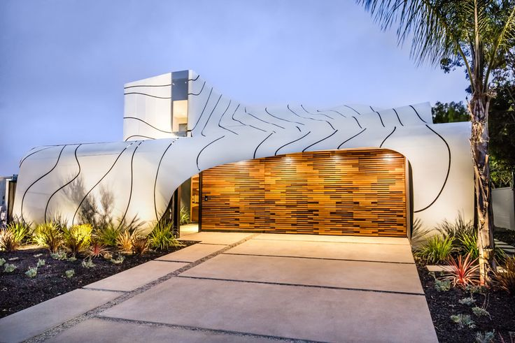 LA-based architect Mario Romano designed The Wave House in Venice, California, that's unlike any other with a massive, undulating wave-like skin.