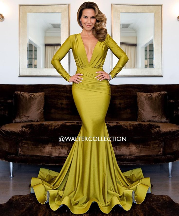 """Latin actress Kate Del Castillo wearing the #WalterMendez ""Olga"" gown. Shot by @xxfidelxx #waltercollection #editorial"""