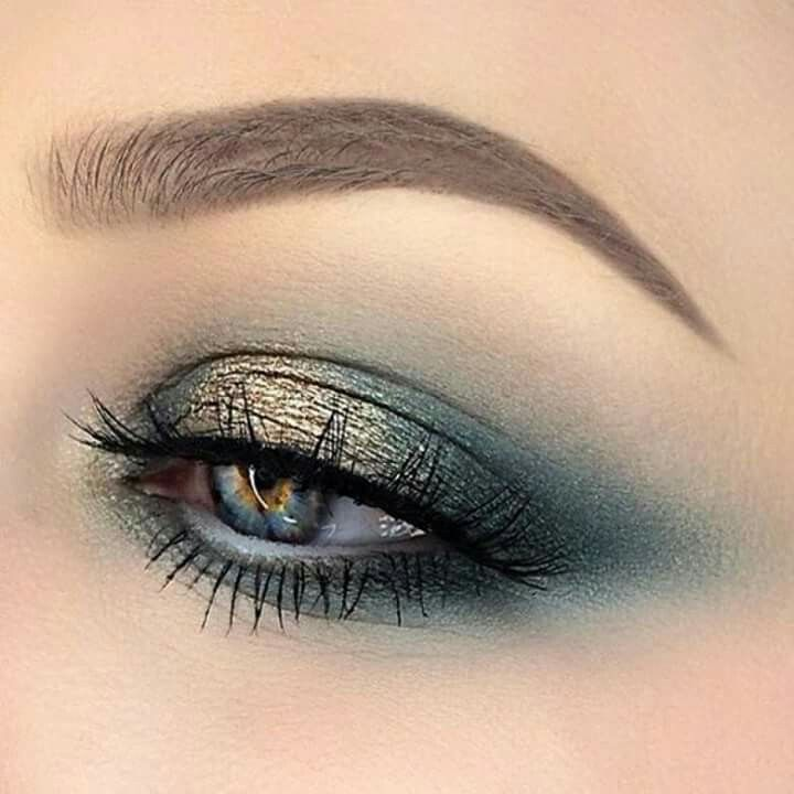This eye makeup..