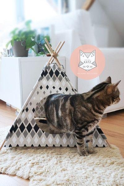 Indianerzelt für Katzen, Katzenhöhle / cat teepee, home decor, diy cat home made by Für die Katz via DaWanda.com