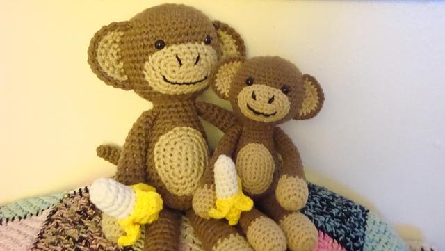 Amigurumi Big Monkey : Crocheted monkies - free pattern! Knitting ...