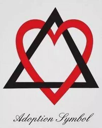 We love this! The triangle symbolizes the three sides of adoption: the birth family, adopted family and adoptee. While the heart intertwined embodies the love involved in the #adoption.