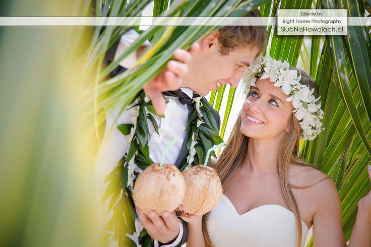 Hawaje, Slub na Hawajach, za granica, Slub w Tropikach, ślub na plaży, slub na plazy, ślub w plenerze, Egozytyczny, pomysl, sesja fotograficzna, śluby, wesele, Hawajski, kwiatki, lei, girlandy, naszyjnik, wieniec, palma, kokosy