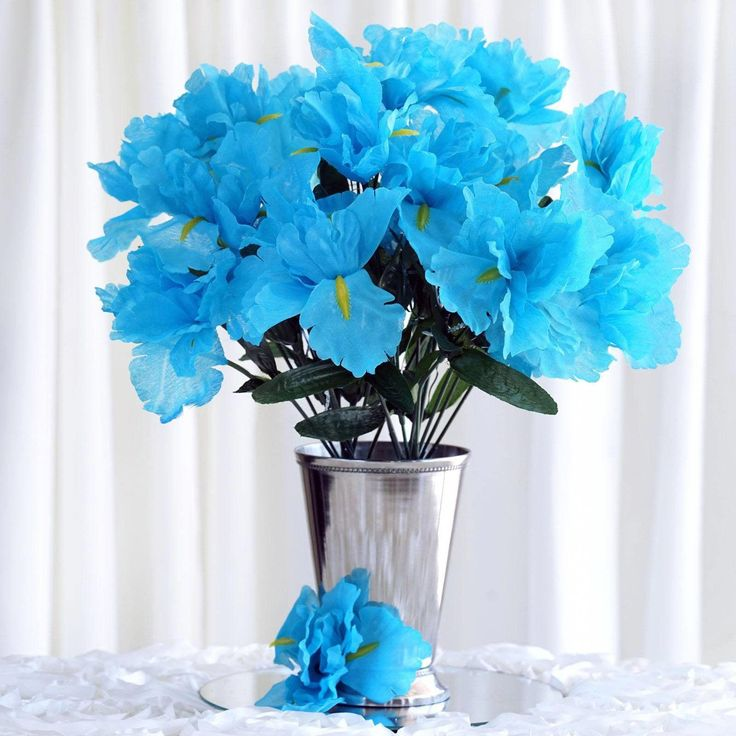 Ideas To Choose Iris Wedding Bouquet For Your Wedding