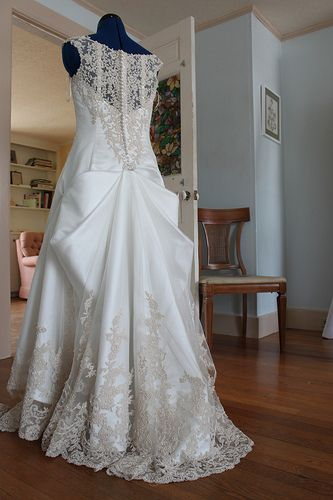 Wedding Gown Bustle - Bow