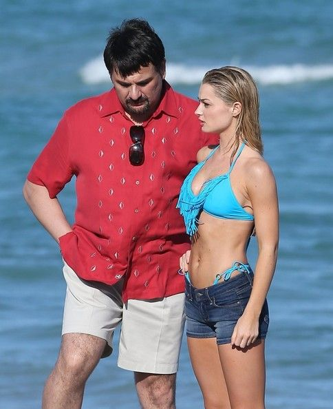 Mem Ferda Photos Photos - British actors Alfie Allen, Will Poulter, Ed Speleers, Sebastian De Souza and Emma Rigby film scenes for the movie 'Plastic' on the beach in Miami, Florida on January 16, 2013. - Emma Rigby Films on the Beach 6