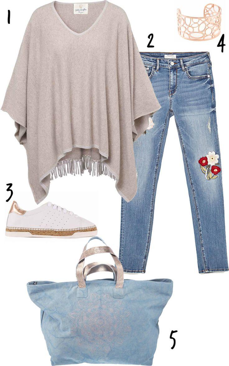 Casual-Chic: Bestickte Jeans sind super, aber wie kombiniert man die?! 3 Mami-Looks mit Blumenhose und jeder Menge Hippie-Feeling jetzt online www.cappumum.com