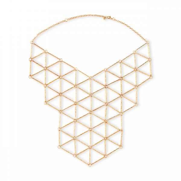 Affordable New Year's Eve accessories: Gold toned bib necklace. (Though we'd wear it long after New Year's Eve.): Insanity Affordable, Accessories Galas, Eve Accessories, Affordable We R, Fashion Jewellery, Fashion Cities, Geometric Gold, Geometric Necklaces, Bibs Necklaces