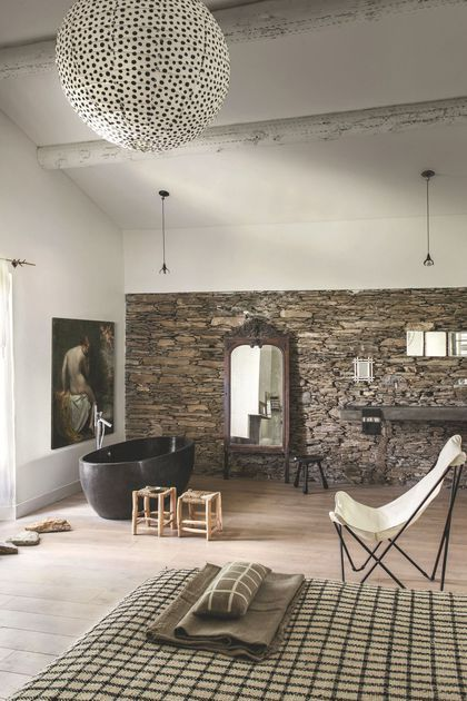 25 best ideas about rustic chic bedrooms on pinterest rustic chic decor rustic chic and. Black Bedroom Furniture Sets. Home Design Ideas
