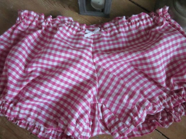 Culotte BIANCA en coton vichy rose vif - noeud blanc (3)