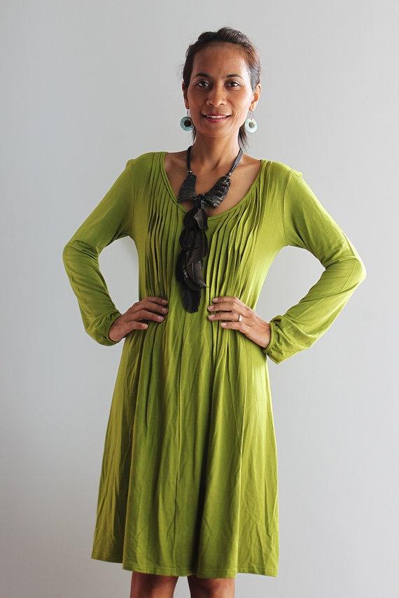 Short Green Dress Long Sleeve    Casual Dress  Autumn by Nuichan, $52.00