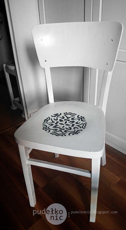pudełko nic: Krzesło - B&W