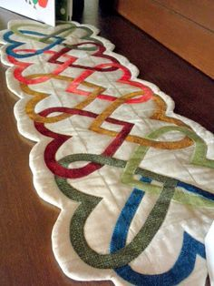 Heart table runner