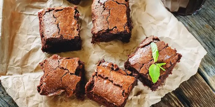 Repeat after us: Fudgy Avocado Brownies. This is the healthy brownie recipe you have been looking for. Only 116 calories!