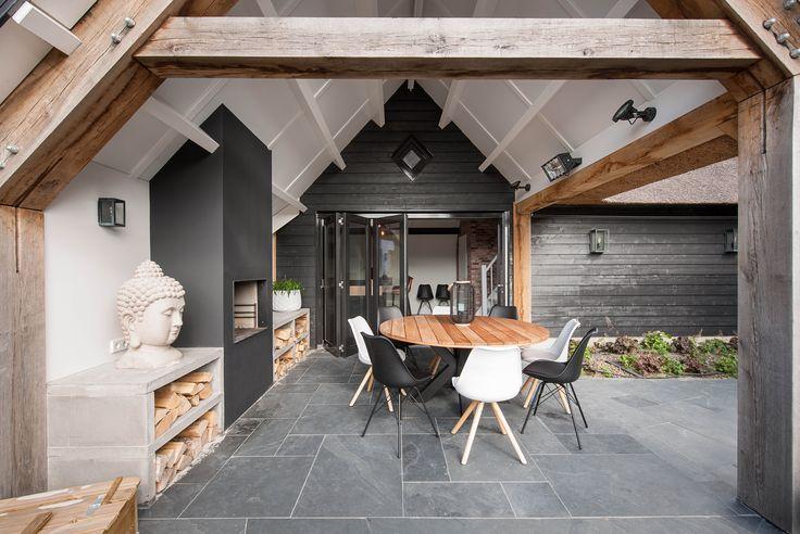Is dit uw droomvilla? Dan zijn wij van www.atelier3.nl uw architect! Villa's & landhuizen | Ontwerp & begeleiding | 500 woningen in diverse stijlen. Laat u nog meer inspireren op onze website en ontdek waarom juist Atelier3 uw geschikte partij is! #atelier3 #architectuur #villa #landhuis #trendy #lifestyle