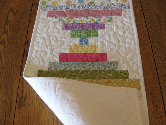 Courthouse Steps Quilted Table Runner by Quiltedhearts5 on Etsy