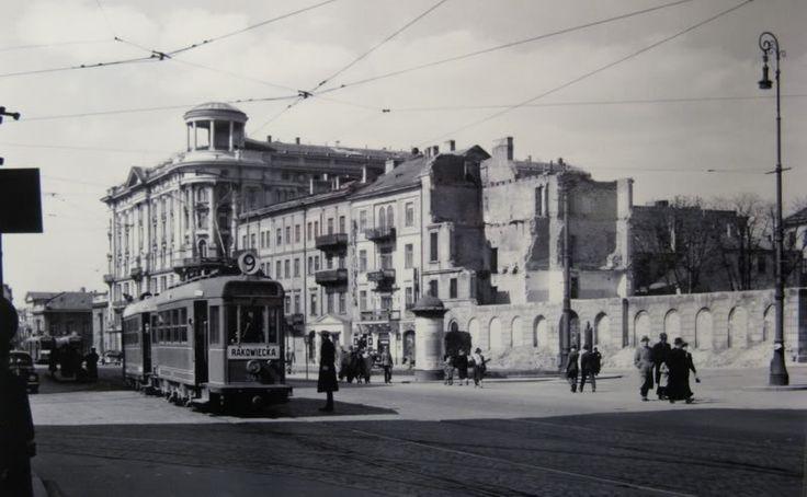 Zdjęcie z lat 1939 - 1944 Krakowskie Przedmieście 42/44 - Hotel Bristol