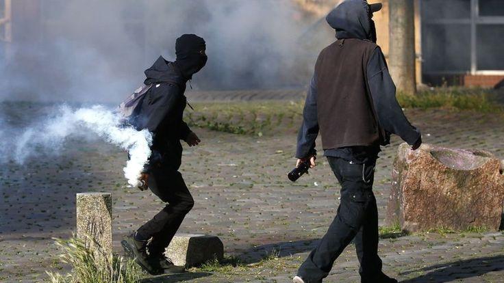 Germany bans far-left protest website over G20 riots - BBC News http://ift.tt/2wE0RiM