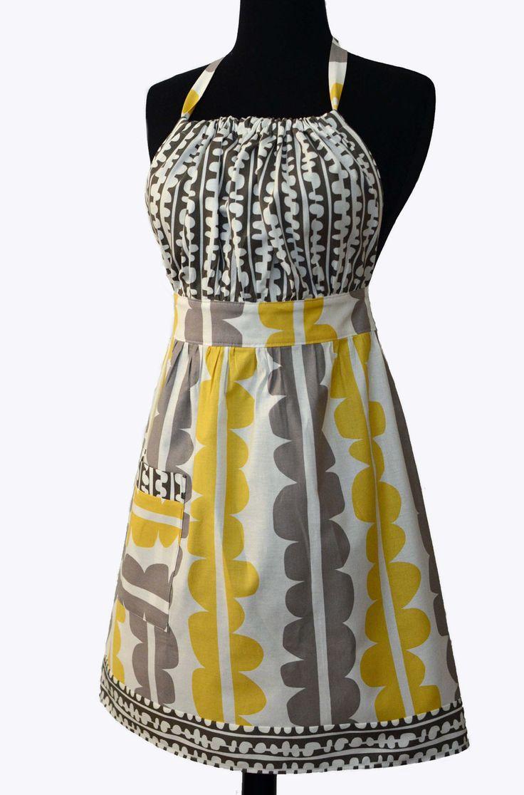 LADIES PDF APRON Pattern -  Retro Vintage Woman's Full Apron Tutorial - Urban Chic Apron. $8.00, via Etsy.