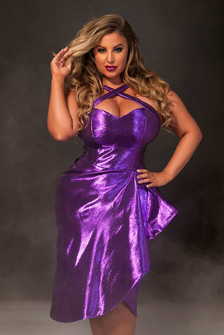 Ashley Alexiss on | Ash