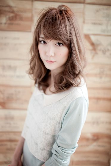 ミディアムパーマ / ミディアムパーマ | ヘアスタイル | AFLOAT JAPAN / アフロートジャパン 【銀座の美容室】 【東京都中央区】