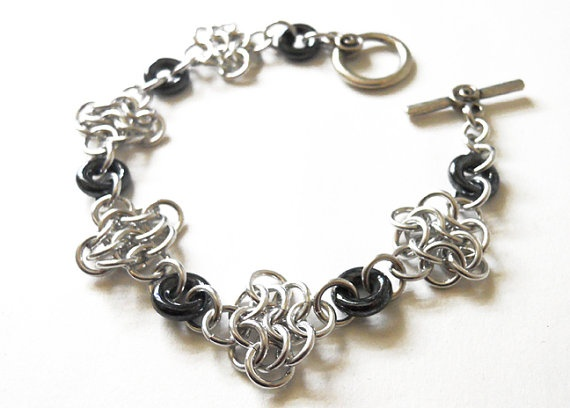 Beautiful chainmail bracelet.  #dteam