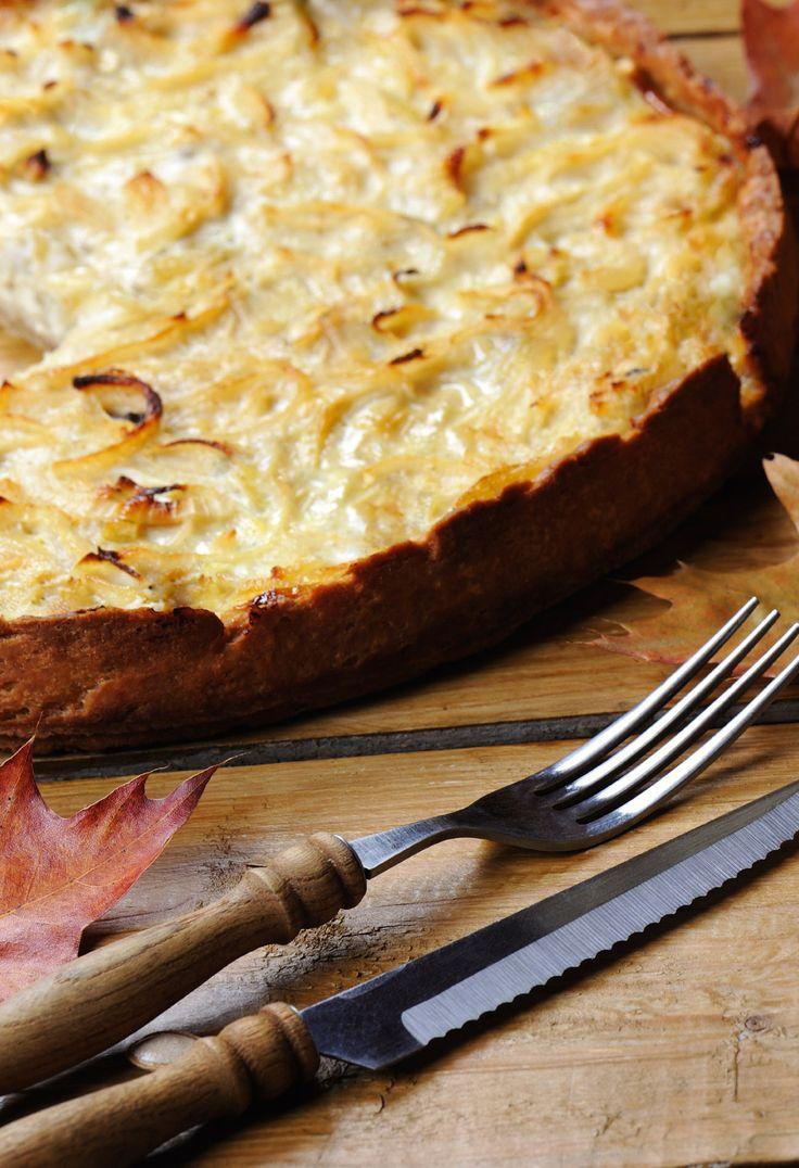 Zwiebelkuchen-Saison! http://www.gofeminin.de/kochen-backen/zwiebelkuchen-rezept-s1537856.html #zwiebelkuchen