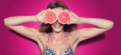 Δεν χρειάζεται να στερηθείτε τίποτα. Ακολουθήστε μια υποθερμιδική δίαιτα που τα έχει όλα προκειμένου να χάσετε τα παραπανίσια κιλά πριν βγείτε στην παραλία.