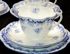 Shelley England 12pcs Heavenly Blue Tea Cup and Saucer Trio Set   eBay