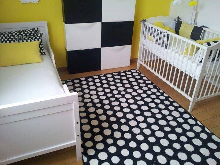 Le tapis noir et blanc ikea