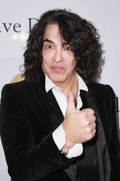Paul Stanley Photos - Recording artist Paul Stanley of music group Kiss attends Pre-GRAMMY Gala and Salute to Industry Icons Honoring Debra Lee at  The Beverly Hilton on February 11, 2017 in Los Angeles, California. - Pre-GRAMMY Gala and Salute to Industry Icons Honoring Debra Lee -  Arrivals