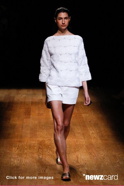 93 best runway photos from nyfw spring collection 2015 for Mercedes benz of music city