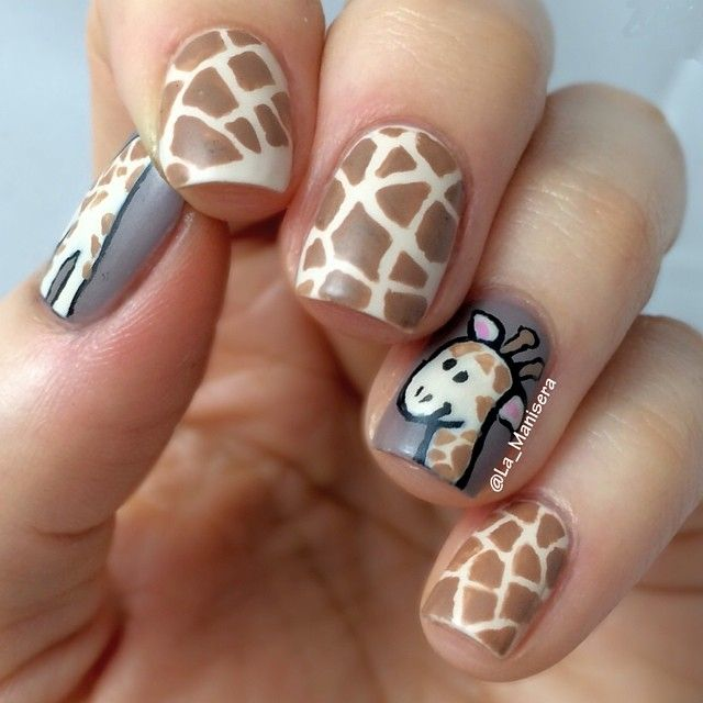 Giraffe nails - Instagram photo by @la_manisera (LaManisera [Steph]) | Iconosquare