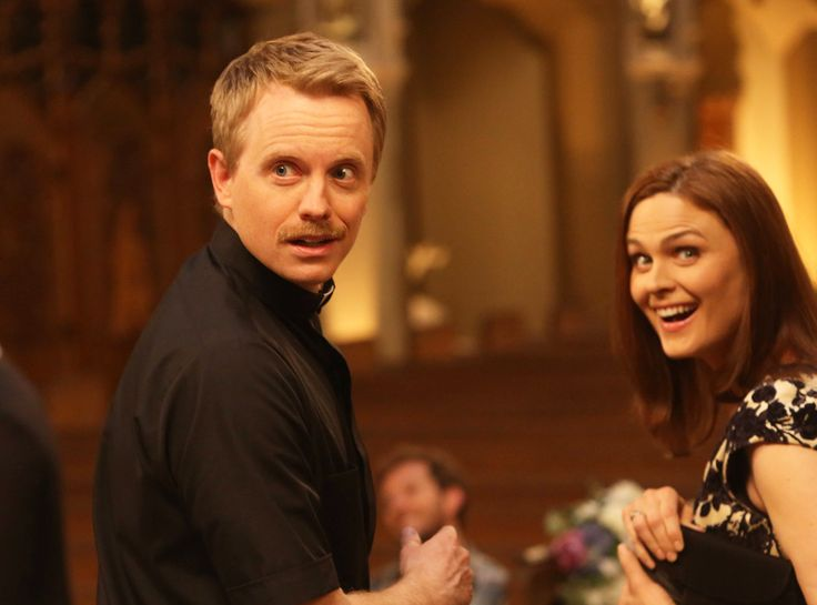 I thought it was so funny that Emily Deschanel's husband played the priest that was going to marry Booth and Brennan on Bones.