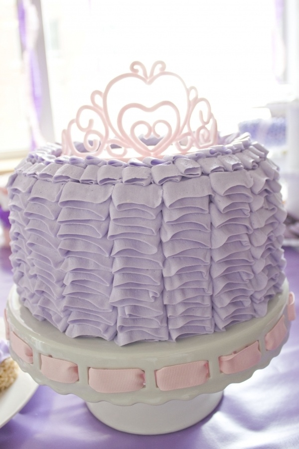 princess ruffle cake: Buttercream Ruffles Cakes, Cakes Cupcake, Party Idea, Ruffles Princesses, Princesses Cakes, Gumpast Tiaras, Cakes Idea, Princess Cakes, Birthday Party