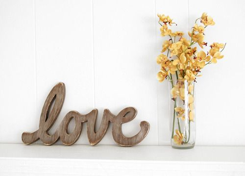 Knit and Company: Yellow Flowers, Fireplaces Mantles, Letters Pictures, Love Signs, Master Bedrooms, Living Rooms Shelves, Wooden Letters, Style File, Love Letters