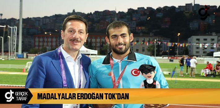 Samsun Haber: Madalyalar Erdoğan Tok'dan