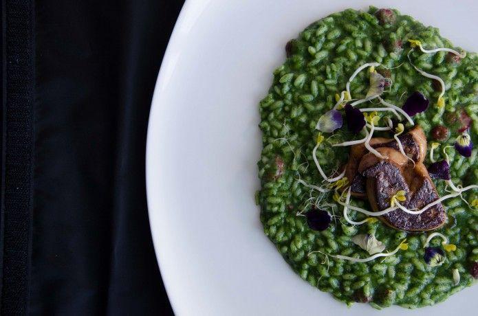 Risotto all'ortica e fragoline di bosco_Antinoo's_Centurion Palace_ http://geishagourmet.com/2015/05/26/risotto-vialone-nano-allortica-con-fragoline-di-bosco-e-foie-gras/  #chef #ChefMassimoLIvan #HotelCenturionPalace #Ricette #food #Foodphotography #italianfood