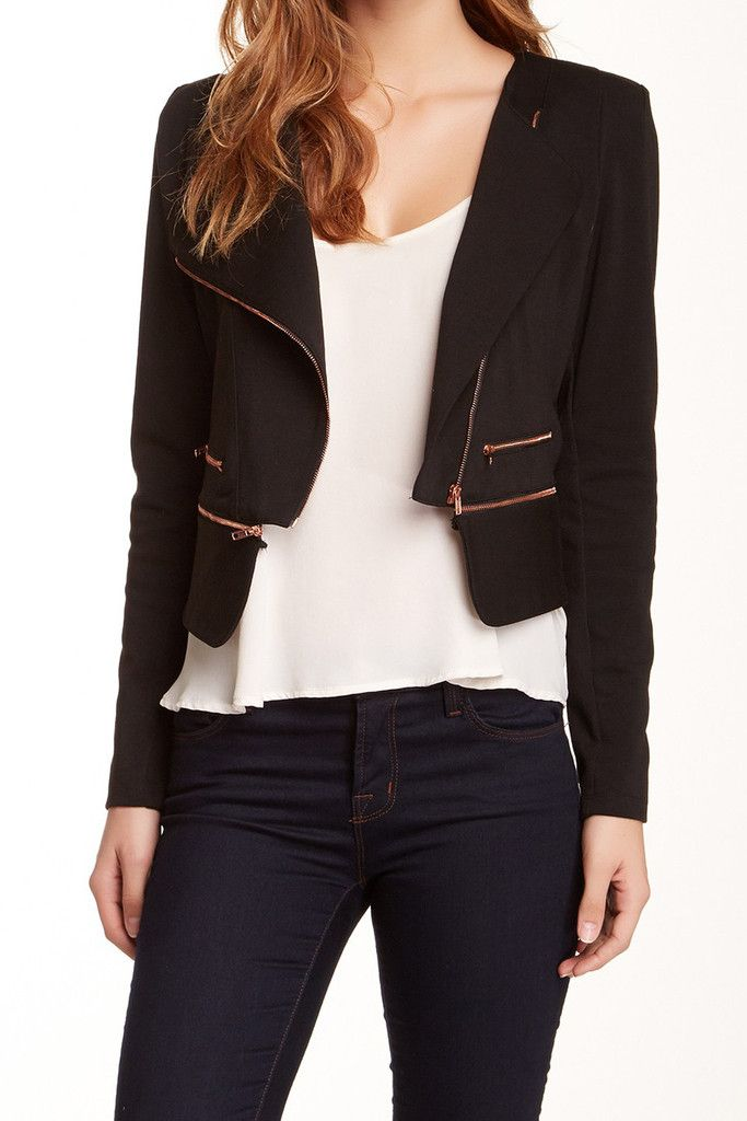 A blazer to top all blazers. Interesting zippers and fab neck line.  | Pretty Little Liars